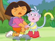 Dora Faz Cirurgia nas Pernas