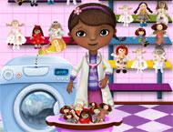 Doutora Brinquedos Lava as Bonecas